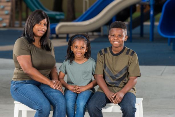 image: Tiesha Brown family